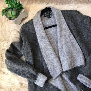 Nanette / Cozy Long Grey Cardigan